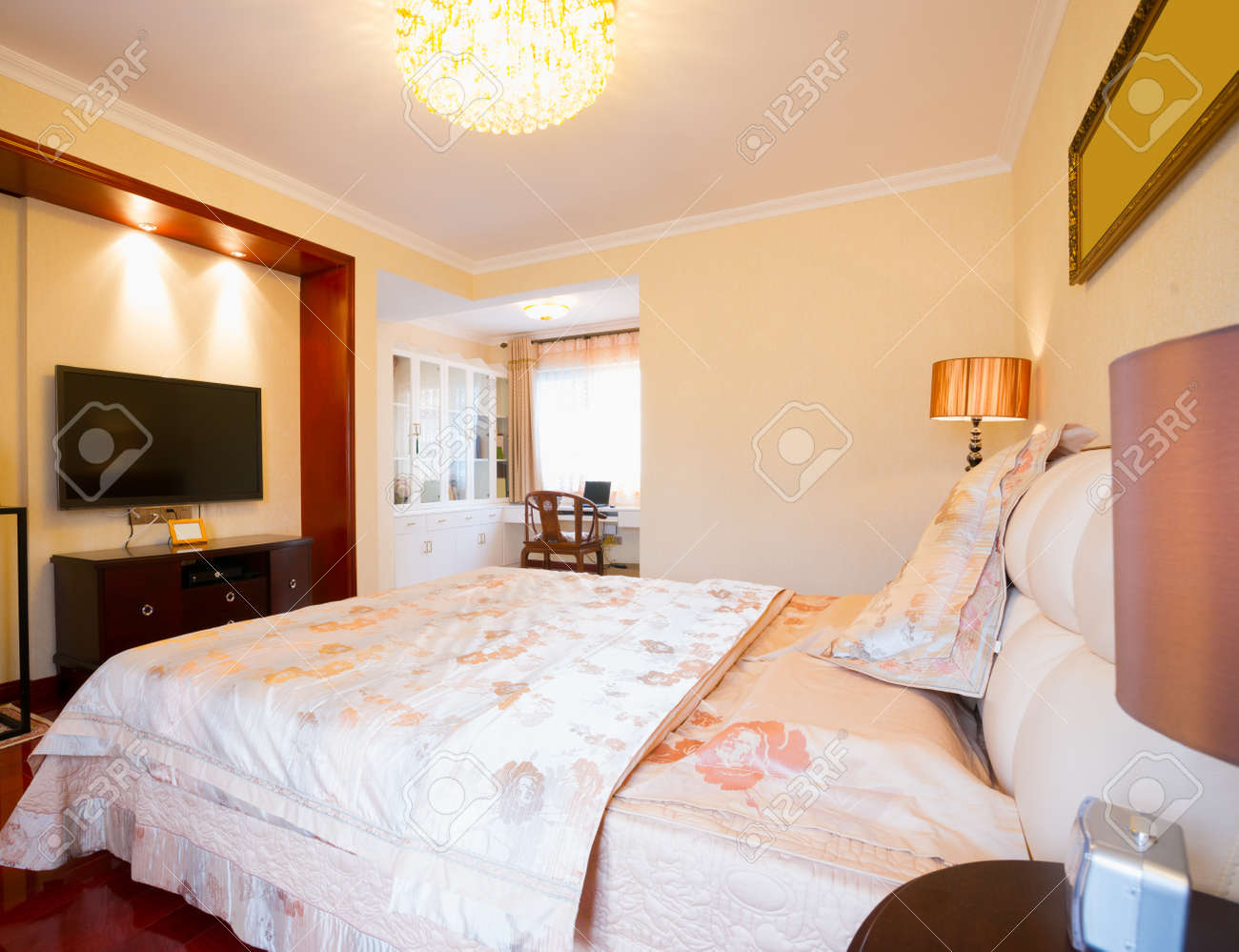 luxury bedroom Stock Photo - 20127449