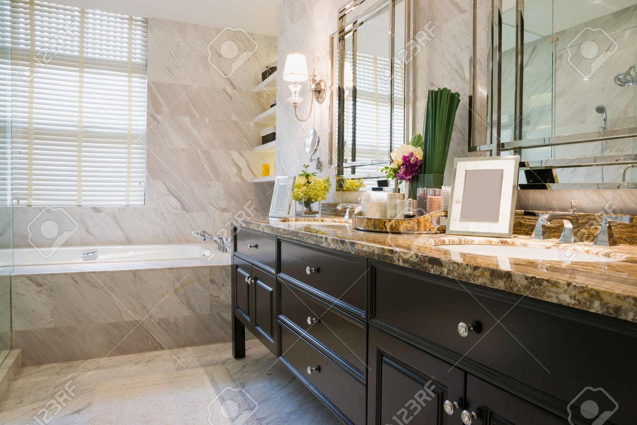 luxury bathroom with nice decoration Standard-Bild - 23372713