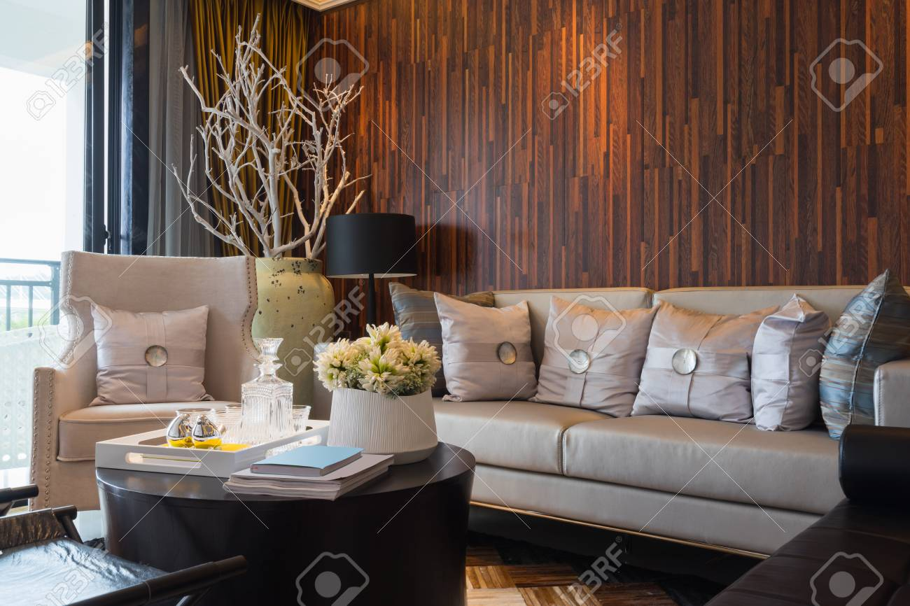 Modernen Haus Interieur Mit Sehr Schöne Dekoration Lizenzfreie Fotos ...