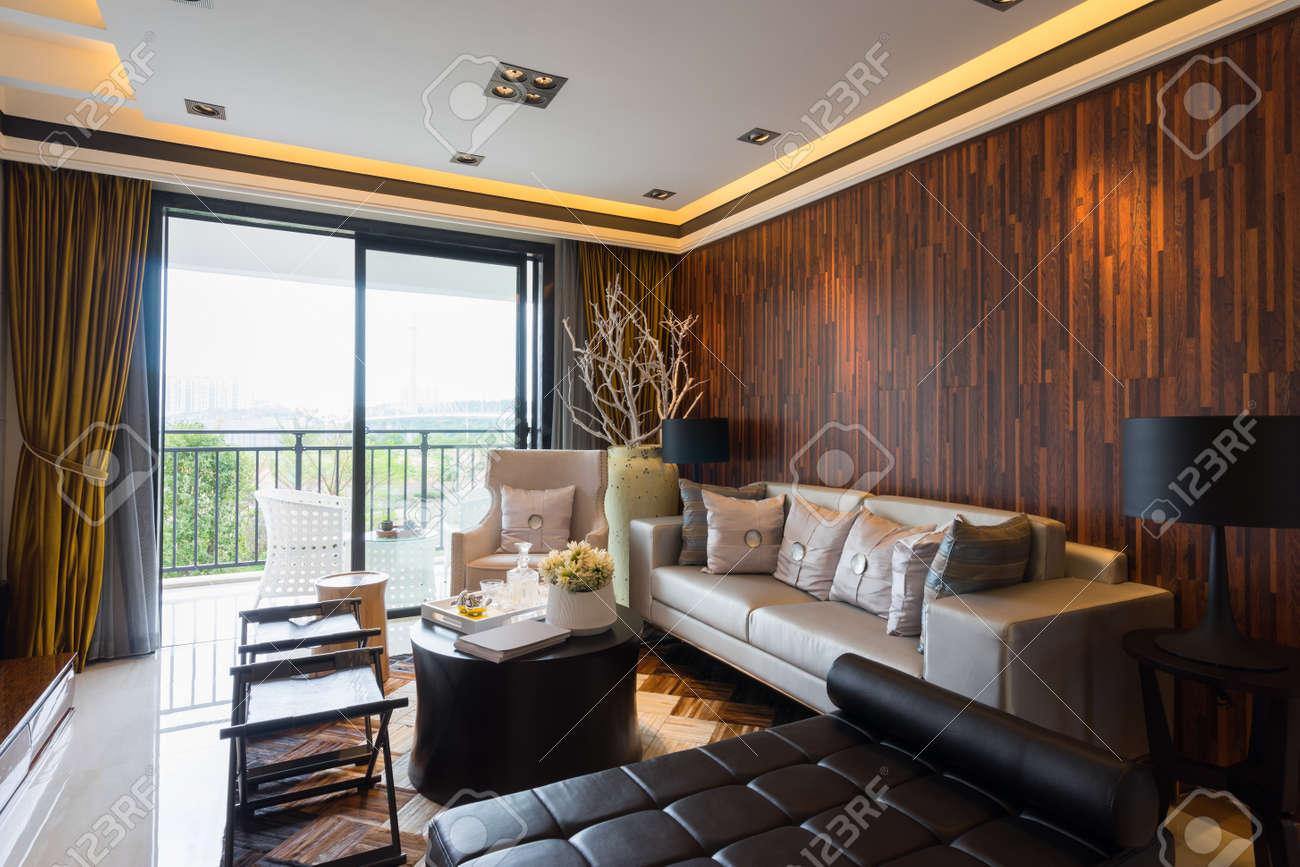 Intérieur De La Maison Moderne Avec Une Très Belle Décoration ...