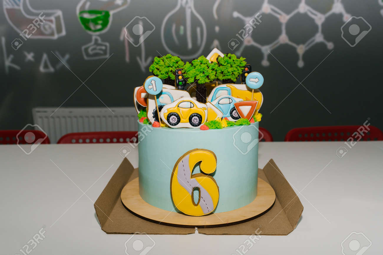 Admirable Childrens Birthday Cake For A 6 Year Old Boy With Cars And Funny Birthday Cards Online Inifodamsfinfo