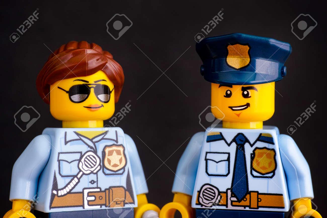 lego polizist