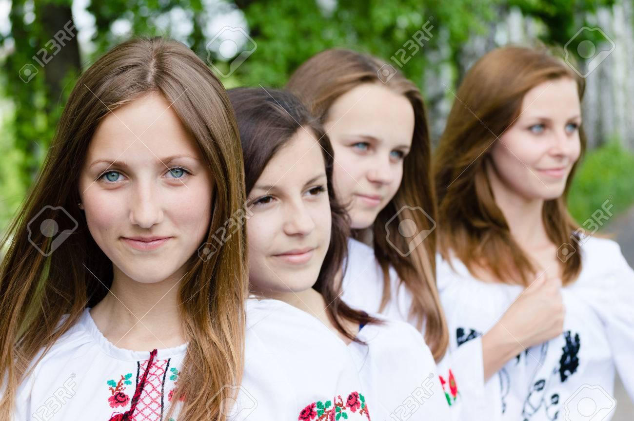 Картинки о весне лицо девочки
