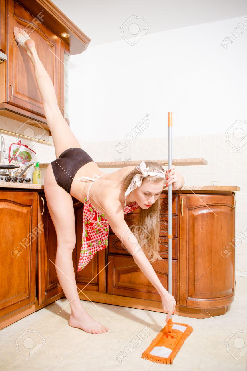 die reinigung der kuche nackt