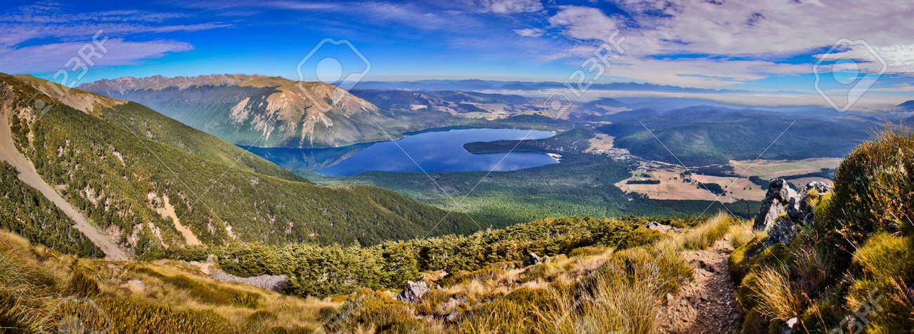 On the way up to the most beautiful view of Nelson lakes national park in New Zealand, summer and winter time travel destination number one, hiking paradise, mountain park, pure nature of South Island of New Zealand - 122686411