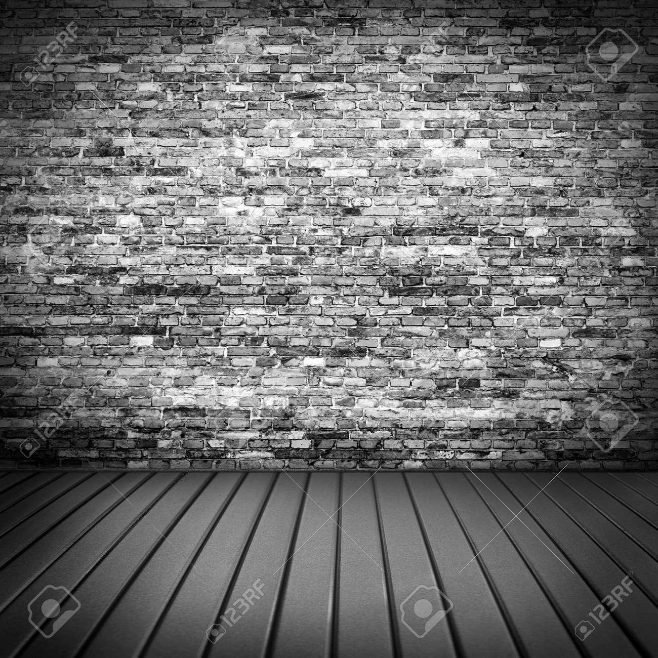 scuro trama muro di mattoni in interni casa seminterrato con ... - Pavimento Per Seminterrato