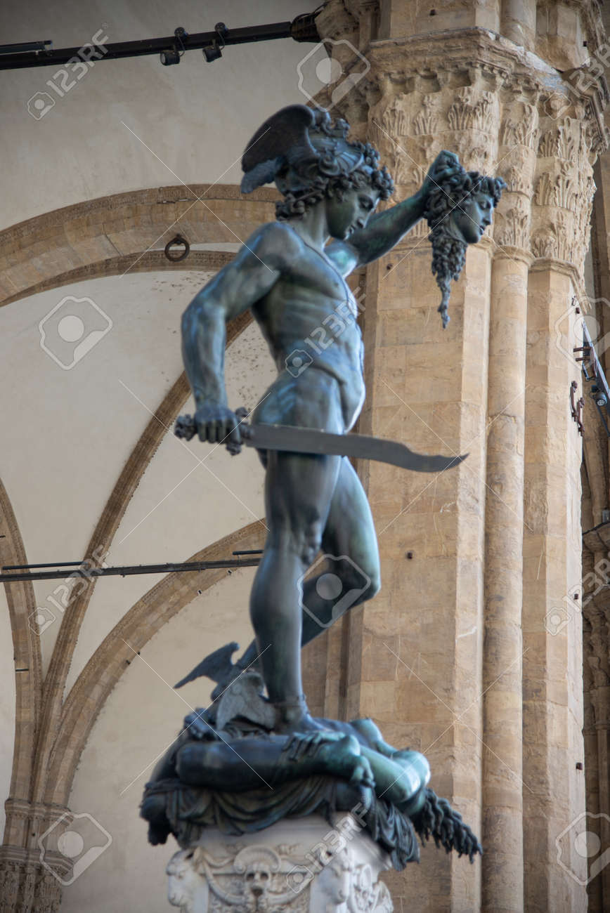 Perseus Perseus With The Head Of Medusa By Benvenuto Cellini