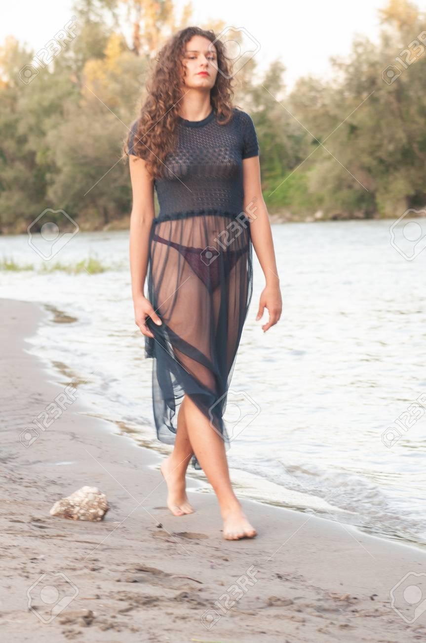 Arab lesbian video