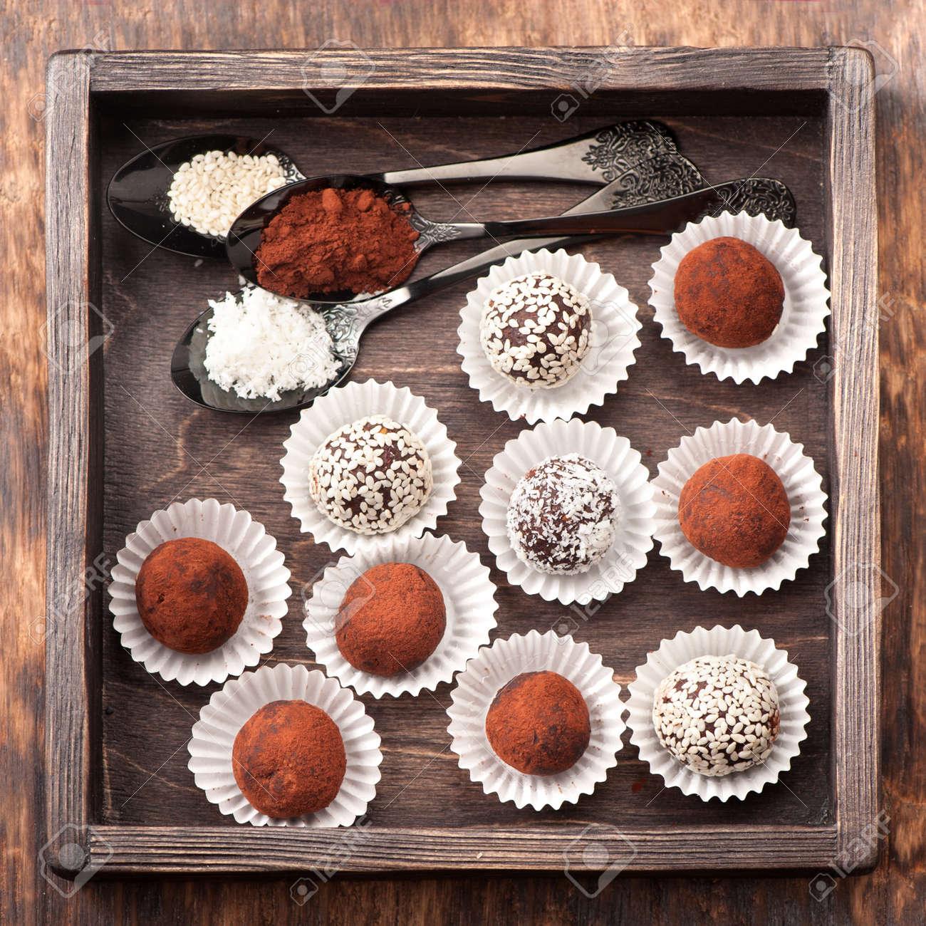 Assorted chocolate truffles - 44719389