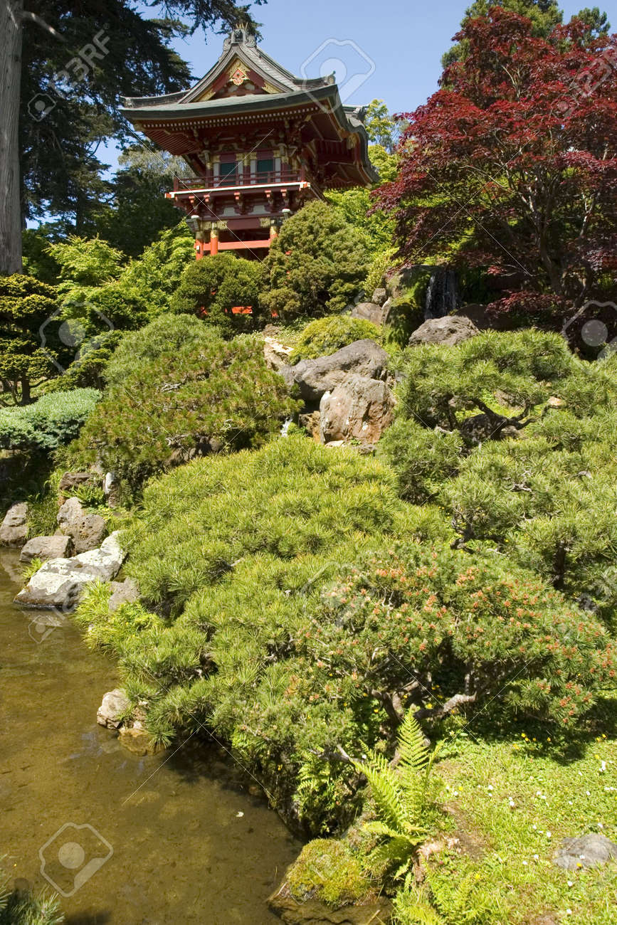 Temple Gate, located near the pagoda, The Japanese Tea Garden in Golden Gate Park is the type of Japanese garden known as a wet walking garden, although it has a Zen garden, or dry garden area as well. Golden Gate Park's Japanese Tea Garden is the oldest Stock Photo - 959868