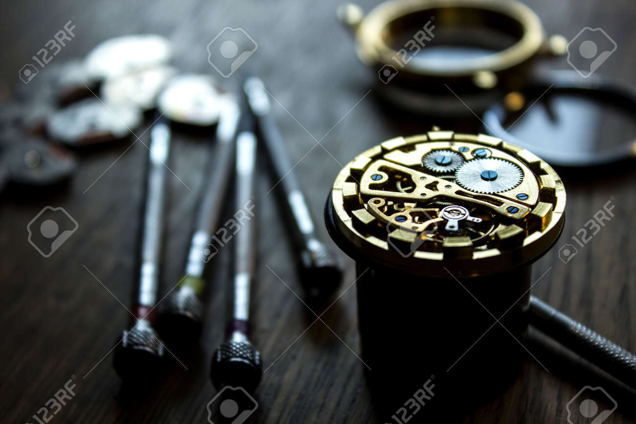 mechanical watch repair - 63993423