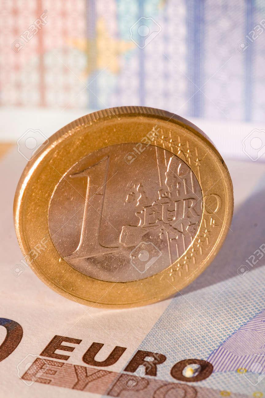 Fälschung Von Euro Münzen Gegen Eine Leicht Verschwommen Euro
