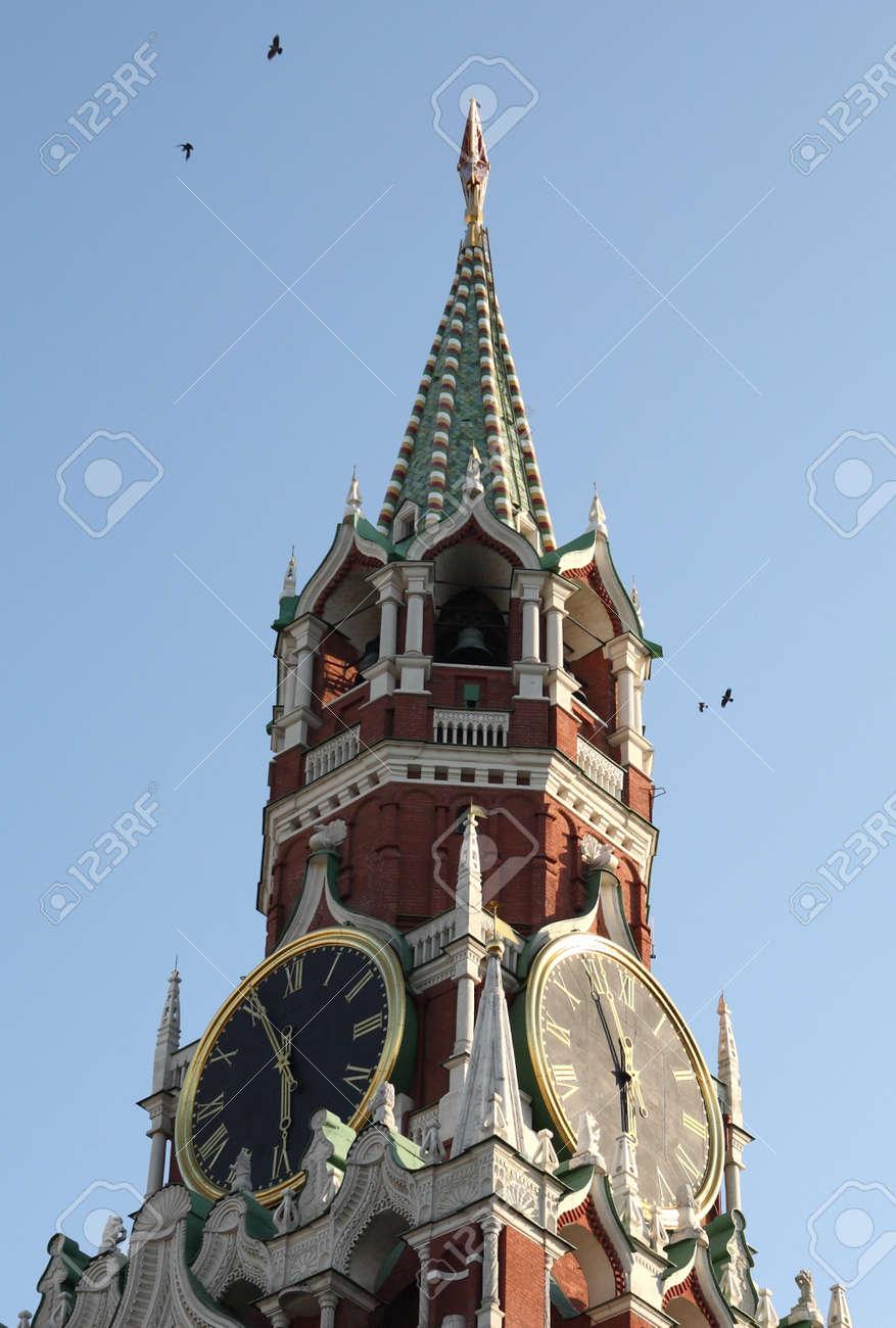 Kremlin tower on sky background in city center Stock Photo - 11356612