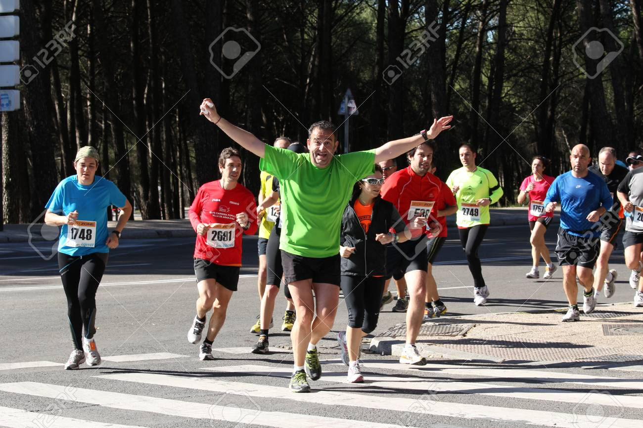 MADRID, SPAIN, 2012 March 11th : Runner from The Race for all, 7,14 and 21 km, XXXII half marathon, madrid, spain. Stock Photo - 12592122