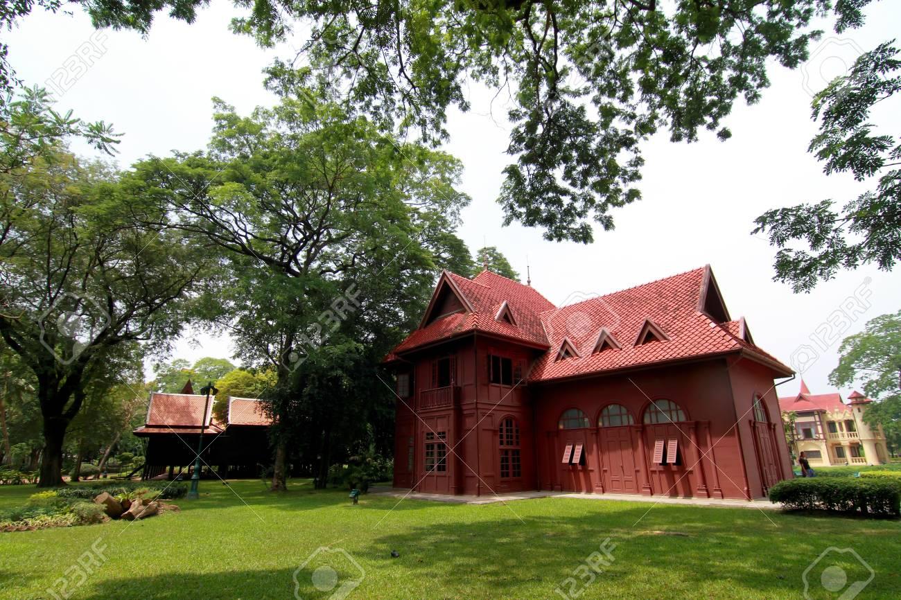 Sanam Chan Palace,(King Rama 6), Nakhon pathom, Thailand Stock Photo - 12877715