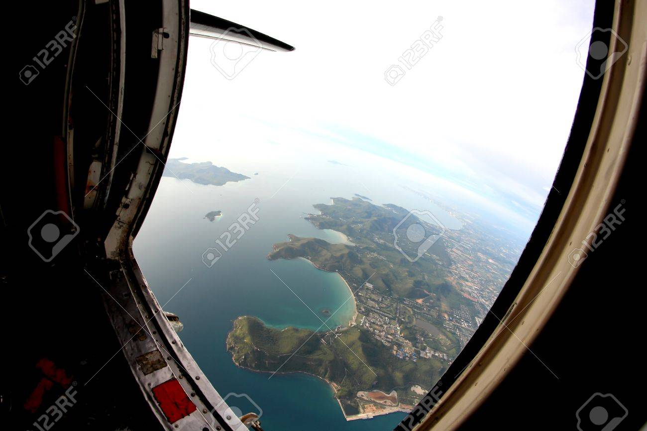 Stock Photo - beautiful sea view from the door of plane & Beautiful Sea View From The Door Of Plane Stock Photo Picture And ... Pezcame.Com