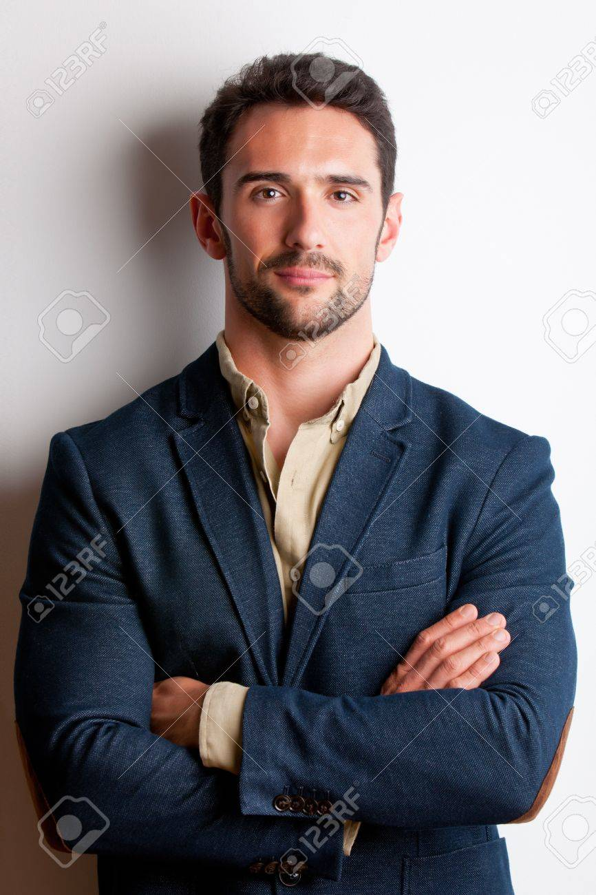 Portrait of young man with arms crossed Stock Photo - 20322458