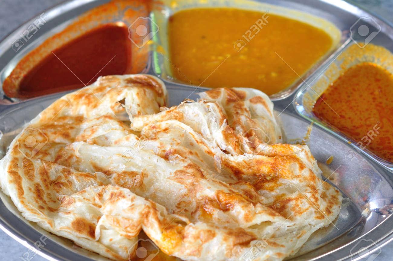 Roti Canai Pain Plat Cuisine Indienne A Base De Pate De Farine