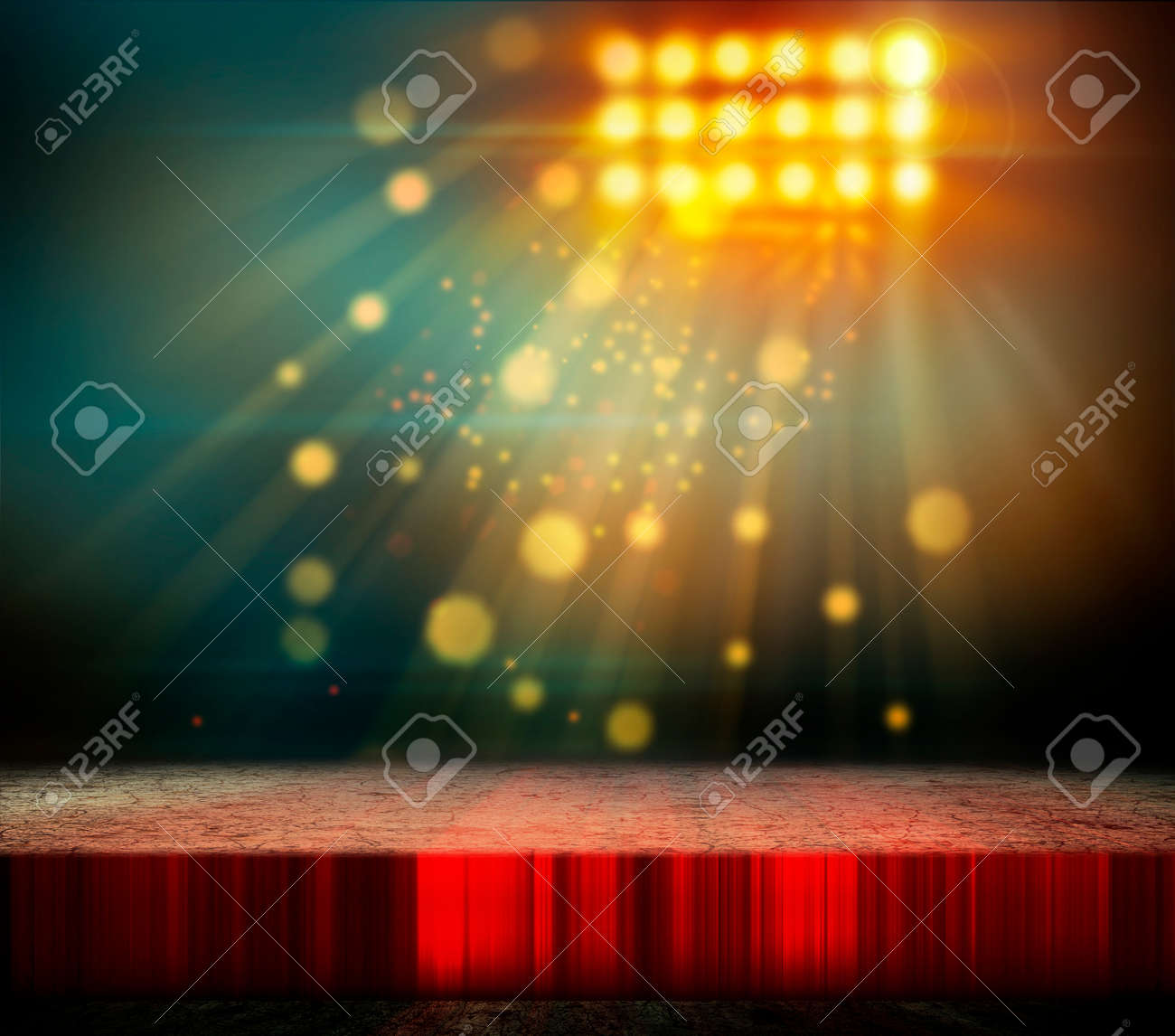 Spotlight - 32843765