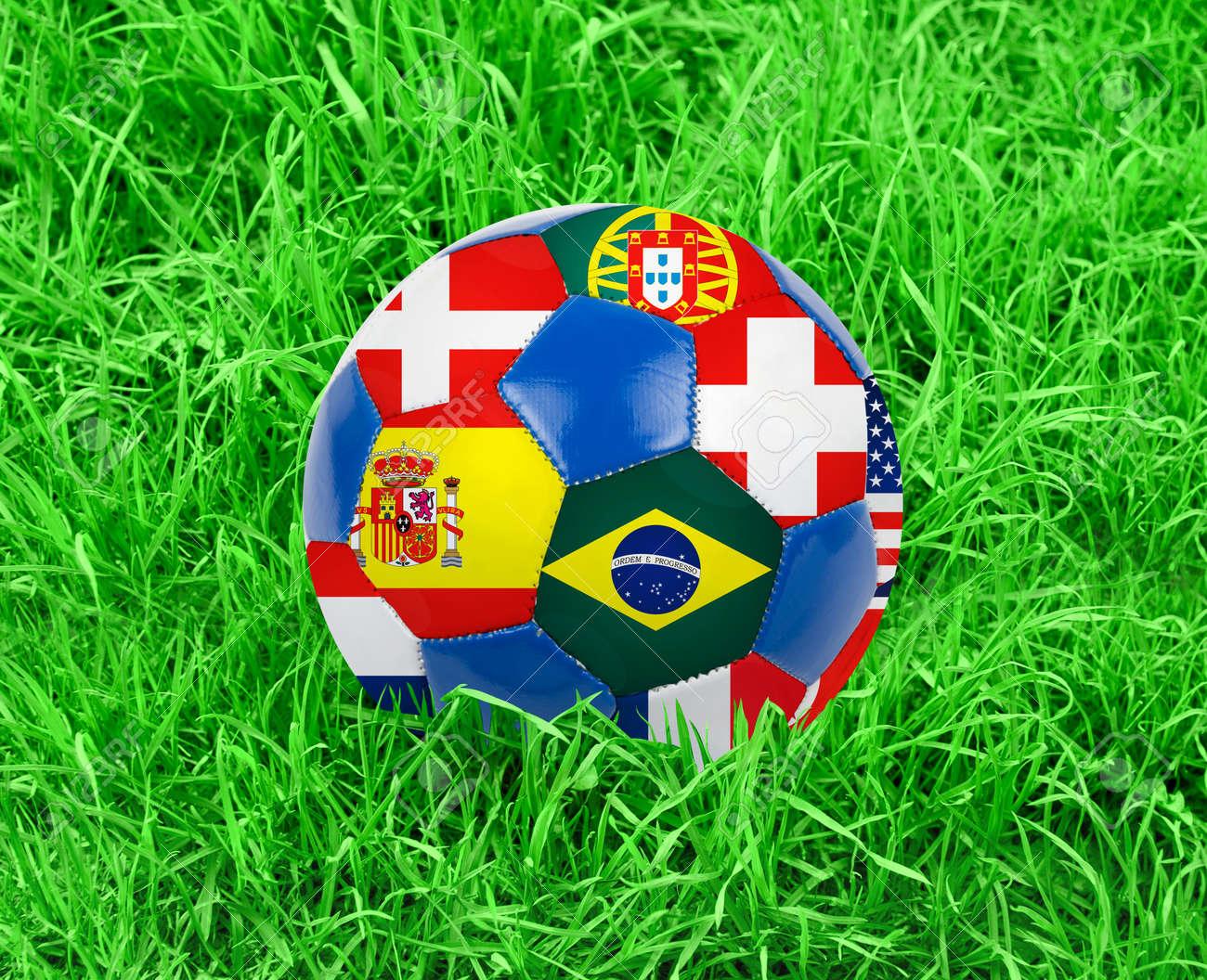 Футбольный мяч в жопе 5 фотография