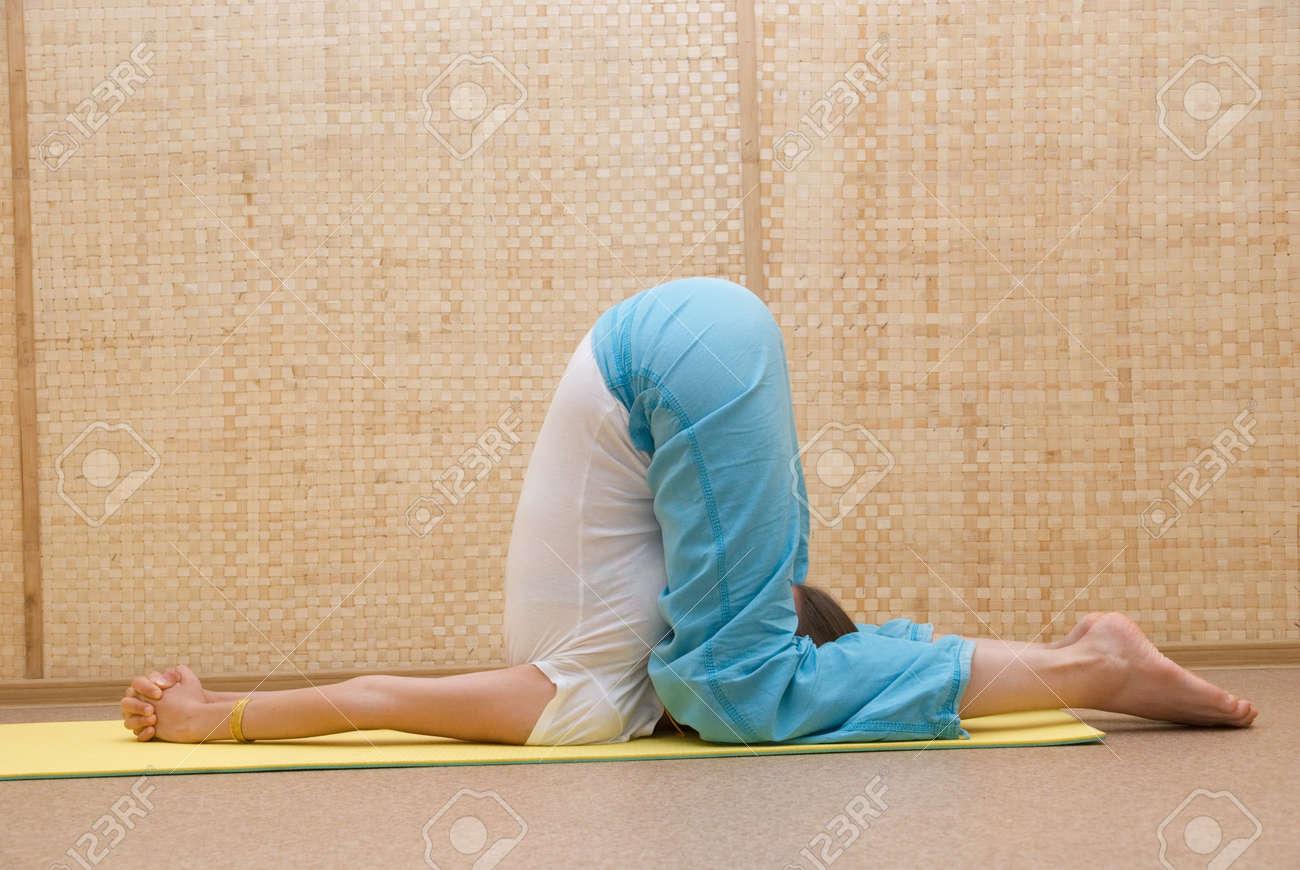 yogi women pose Stock Photo - 7854311