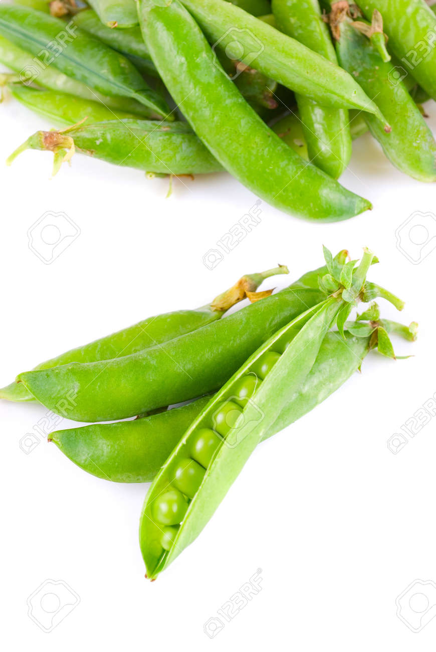 Ripe pea vegetable with green leaf isolated on white background Stock Photo - 8138751