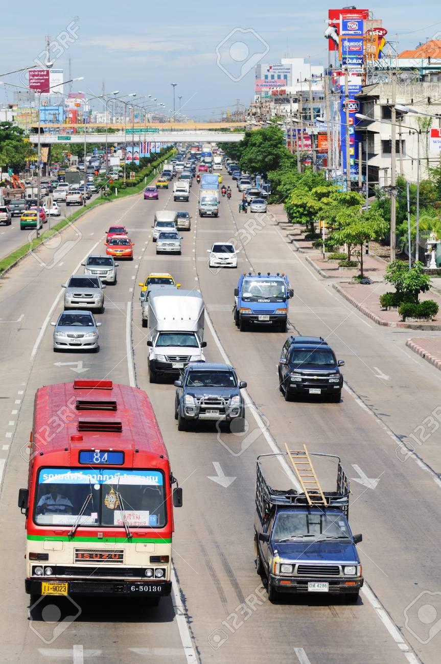BANGKOK - SEPTEMBER 3: Road traffic on the street of Bangkok. Bangkok, Thailand - September 3, 2011. Stock Photo - 16585529