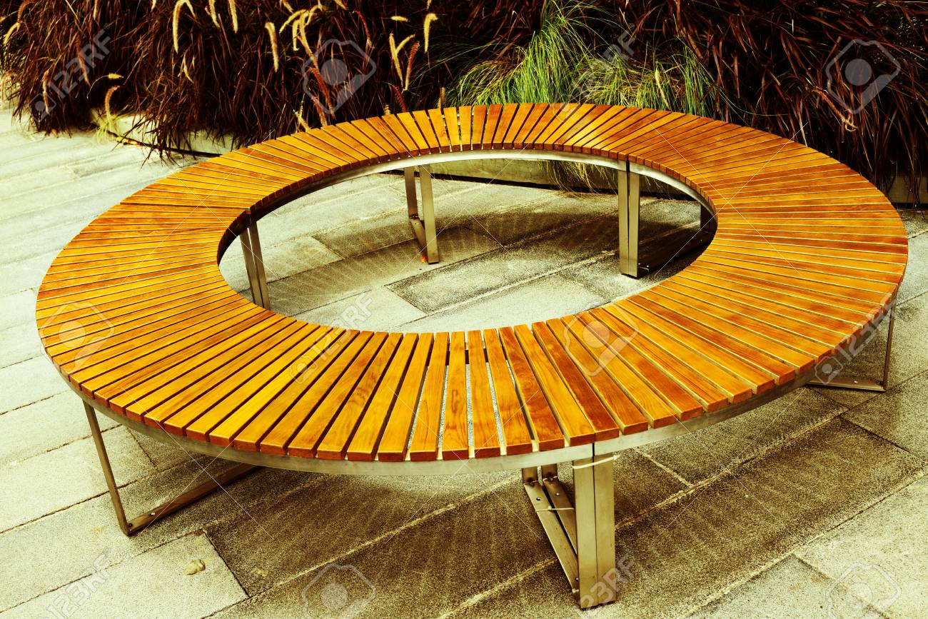 Awesome Round Wooden Bench In Park Cjindustries Chair Design For Home Cjindustriesco