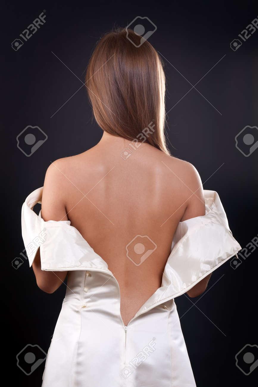 У девушки расстегнулась блузка 26 фотография