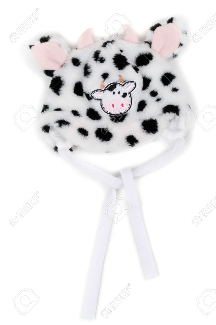 e471e88687e Children s winter hat pattern muzzle cow. Isolate on white. Stock Photo -  16400917