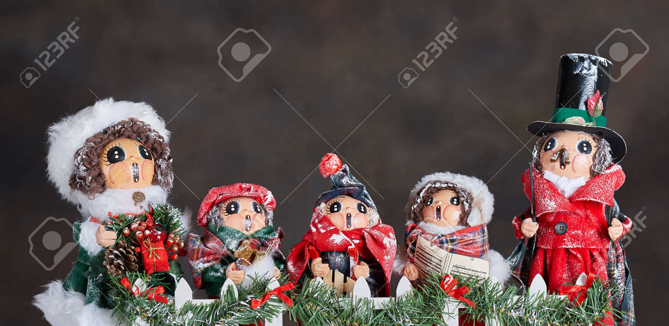 Christmas Carol Singers Ornaments.Christmas Holiday Ornaments Depicting 19th Century Carol Singers