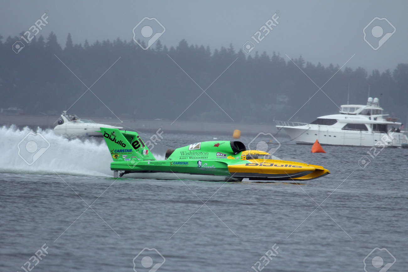 Unlimited Hydroplane Racing Boat