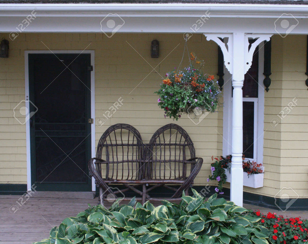 Front Porch Stock Photo - 5565768