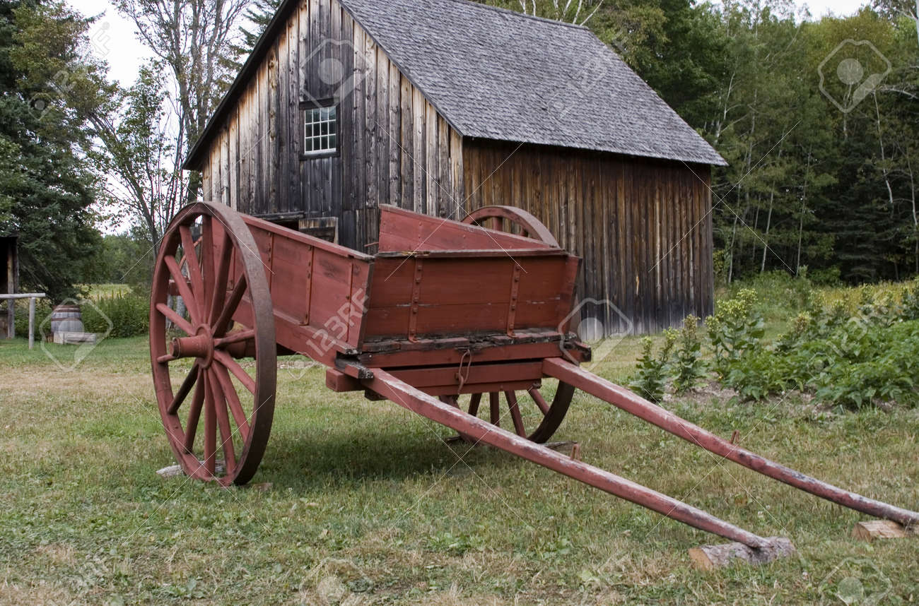 Red Farm Cart Stock Photo - 9370855