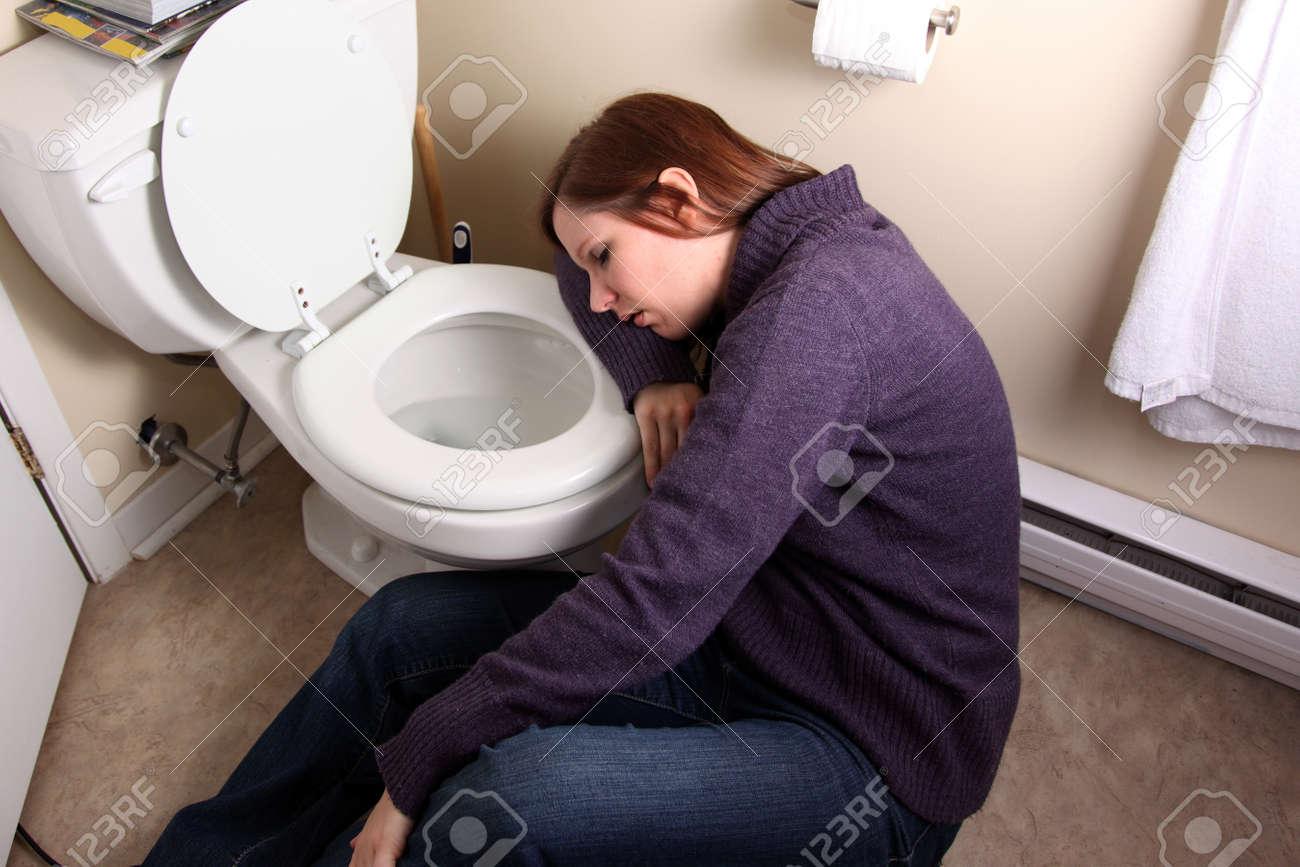 Terrific Young Woman Slumped Over Toilet Bowl Spiritservingveterans Wood Chair Design Ideas Spiritservingveteransorg