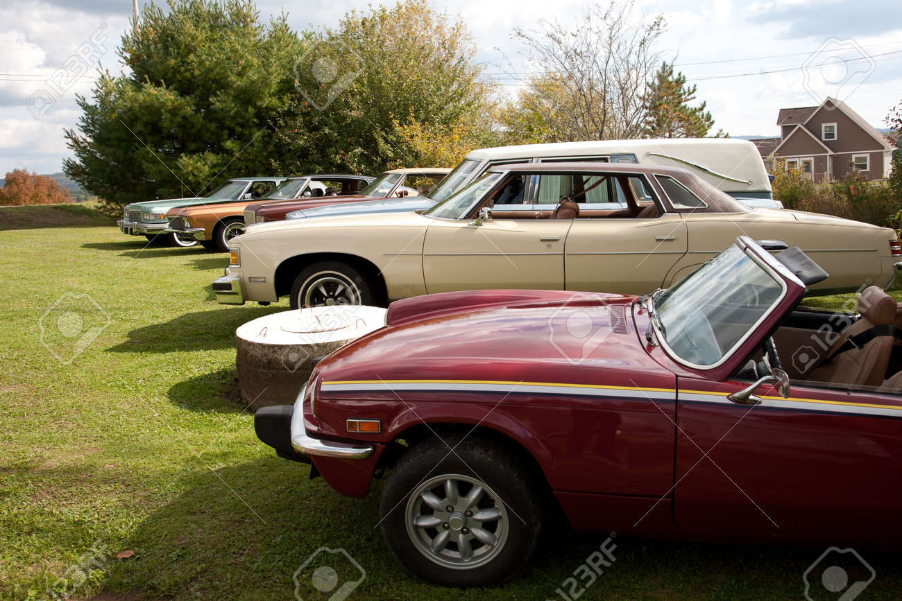 A Line Of Beautiful Old Classic Cars Outside In Summer Stock Photo ...