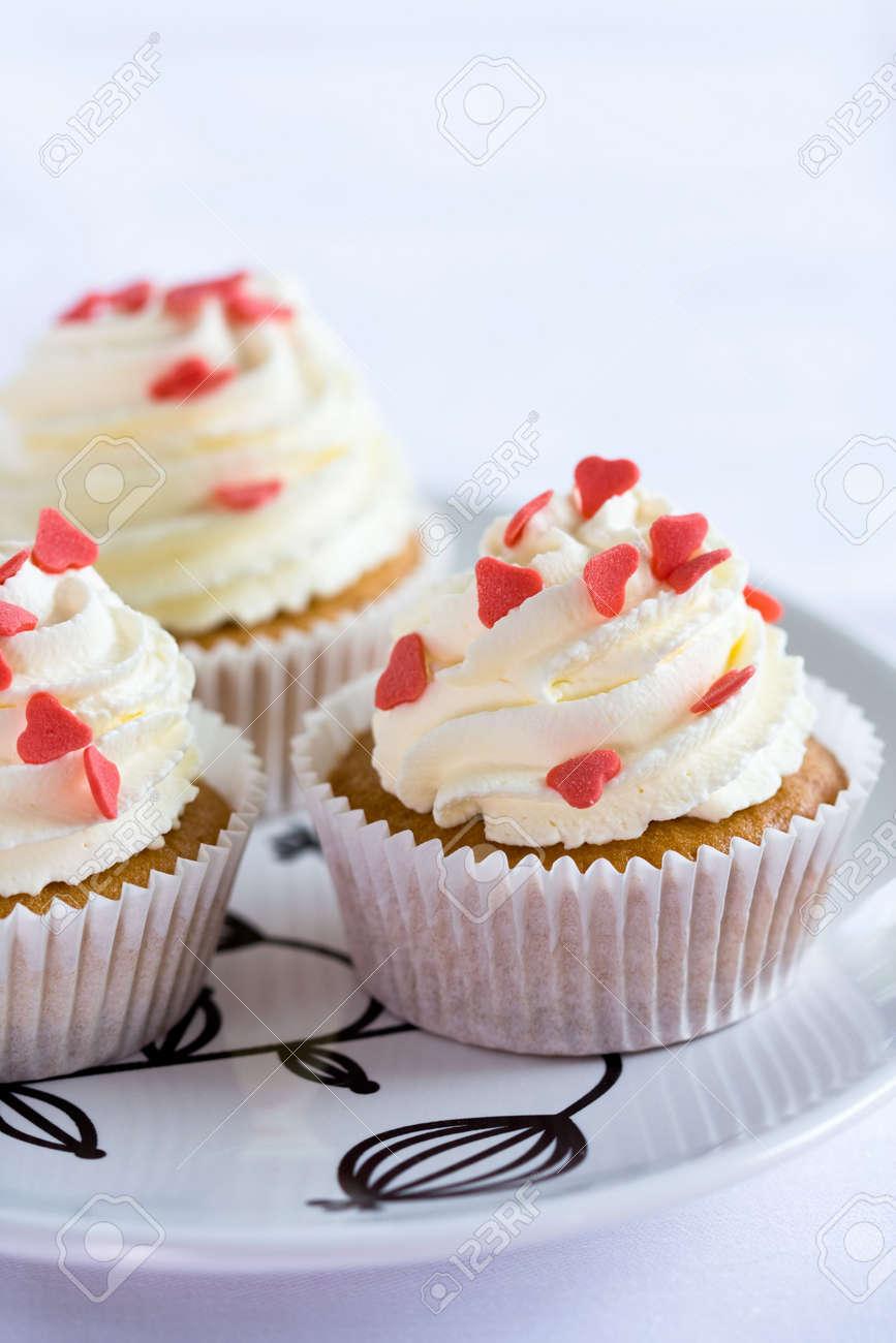 Loveheart cupcakes Stock Photo - 4828606