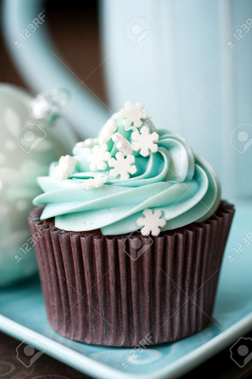 Christmas cupcakes Stock Photo - 8134744
