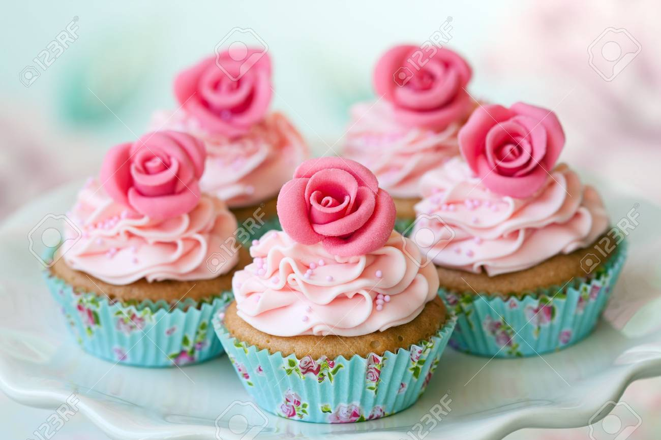 Vintage cupcakes Standard-Bild - 9460620