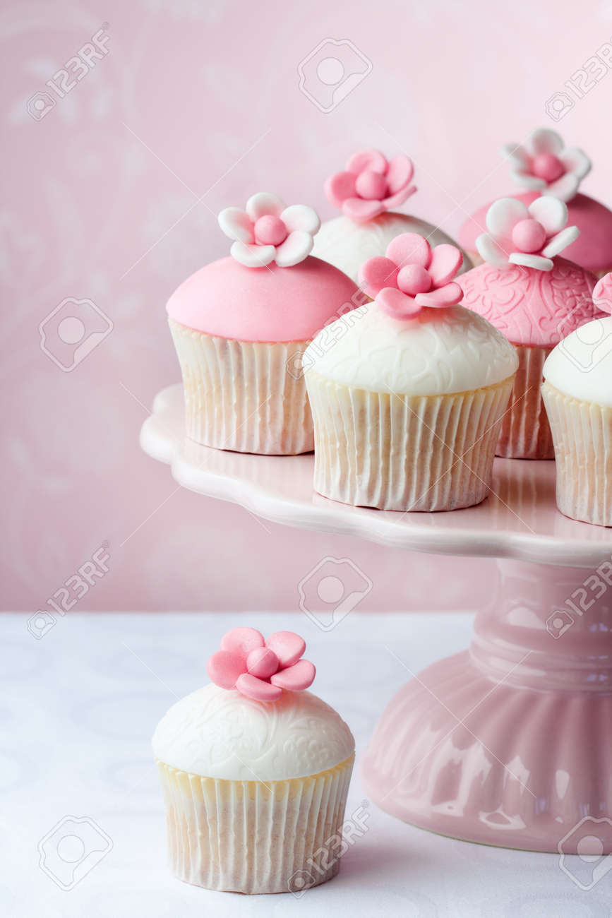 Cupcakes Stock Photo - 9585273