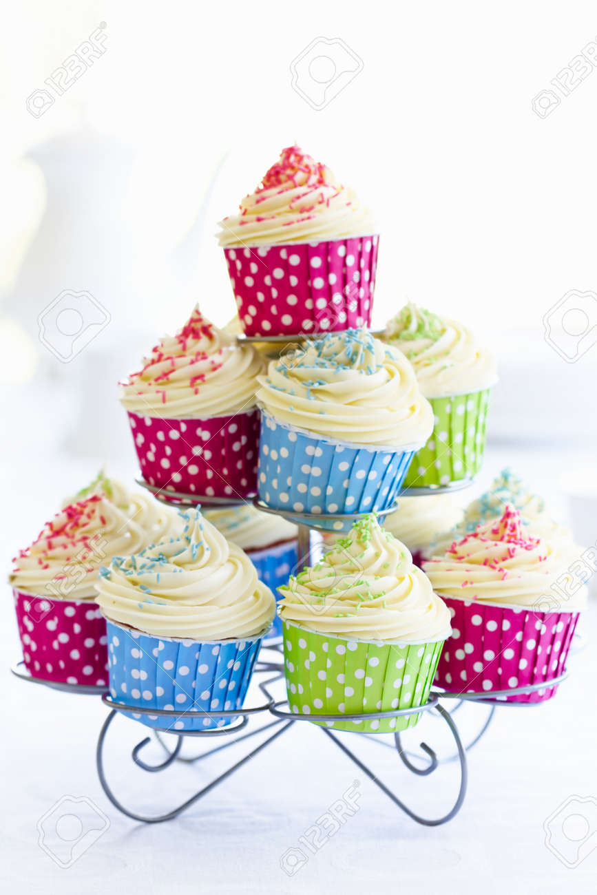 Cupcakes on a cakestand Stock Photo - 14002780
