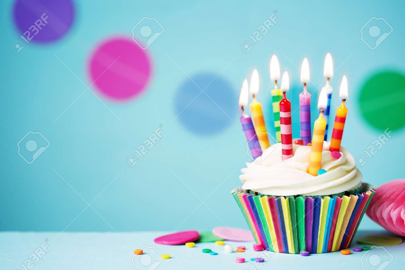 cupcakes images u0026 stock pictures royalty free cupcakes photos and