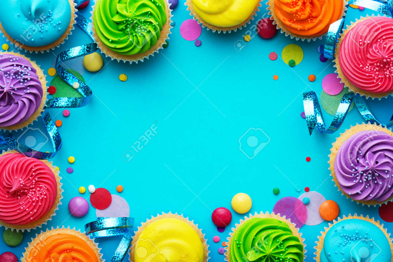 Party background with cupcakes and confetti - 57319419