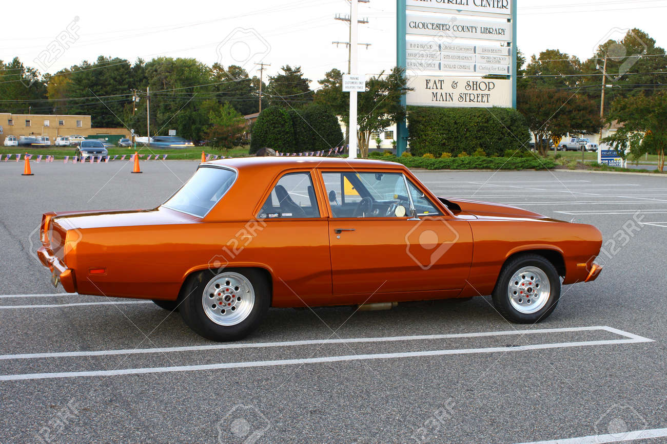1969 Classic Plymouth Valiant 1969 Plymouth Valiant in