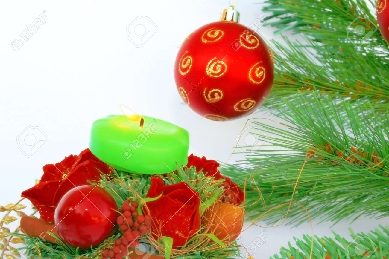 Holly christmas ornaments - Christmas Ornaments Red Ball Fir Tree Candle Holly Berry Rose