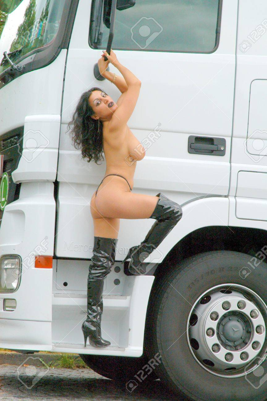 Mature fucks boy video
