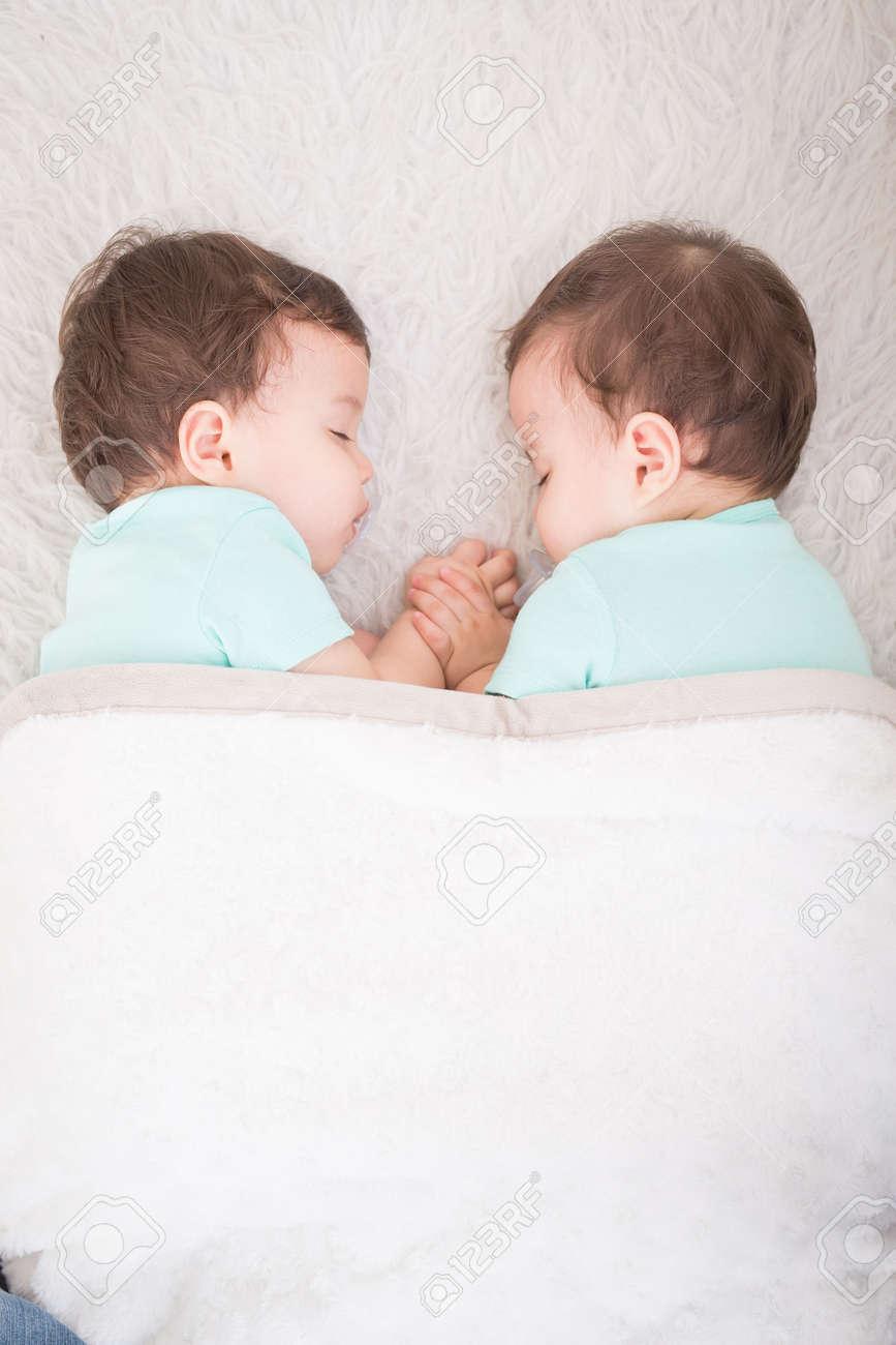 Maman vs fils sexe histoires