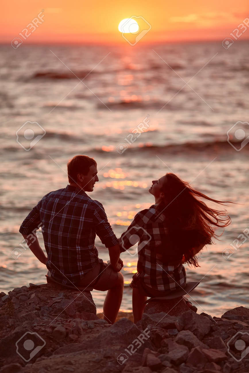 Couple in love silhouette during sunset- touching noses - 170687616