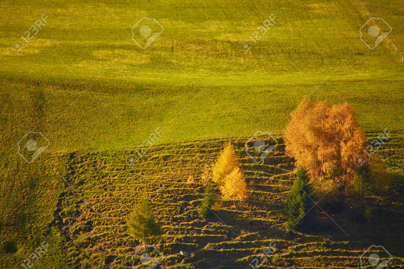 the beautiful Italian Dolomites an autumn day - 173011412