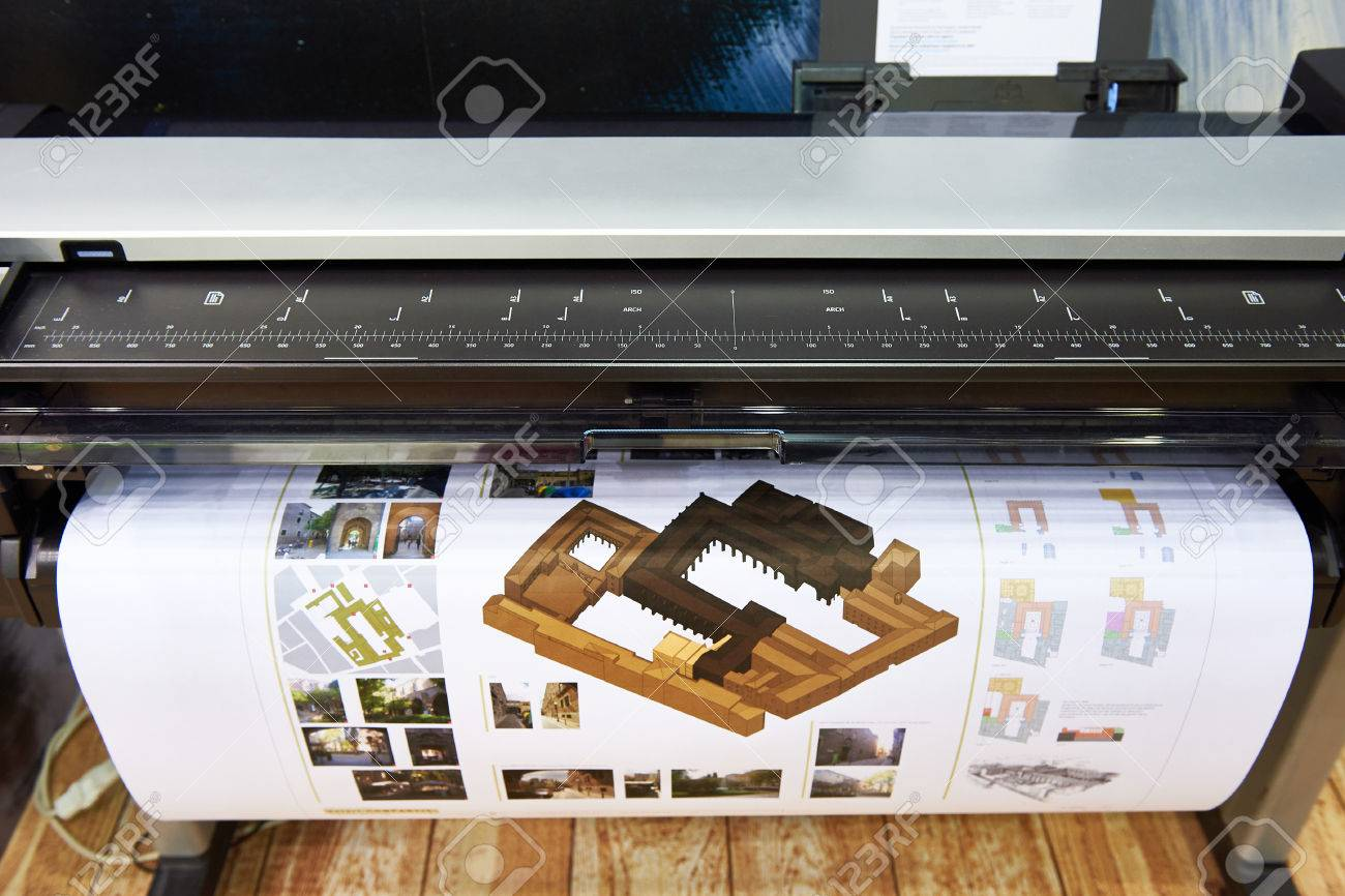 Large format printing on a color plotter - 83815271